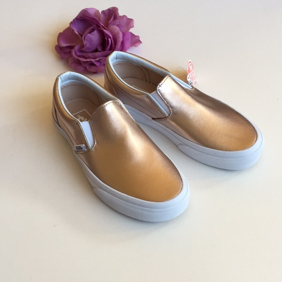 a95565c7a365 NWB Vans Leather Rose Gold Metallic Size 5.5